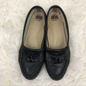 SAS Black Leather Softie Tassel Loafer Flats 7W